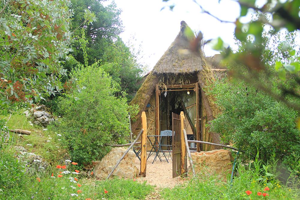 Cabane Rocamadour  Chambres DHte  Gte Atypique