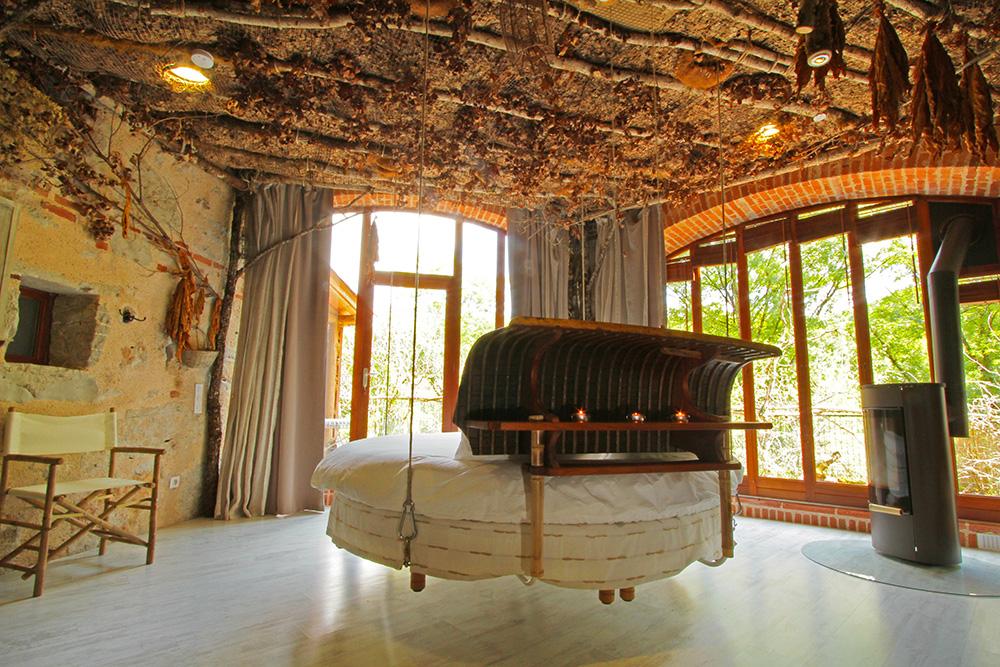 Chambre pech merle chambres d 39 h te g te atypique - Chambre d hotel originale ...